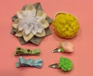 02 hair clips